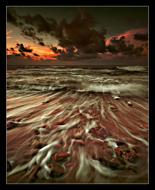 Bloody Tears - Relaxing Waterscapes Photography