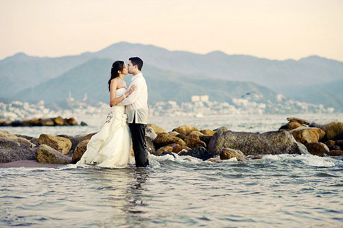 Are there any examples of wedding photography that you think deserve a