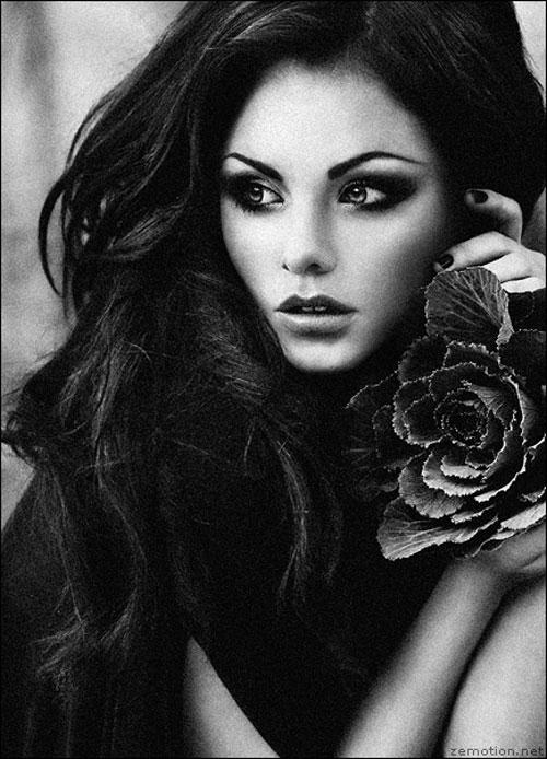 Lara woman photography