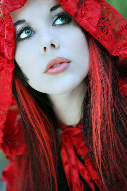 Red Dare woman photography